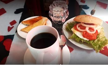 Restaurante Crazy Cat Café Uyuni